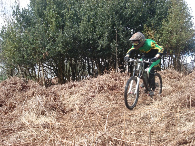 dh track