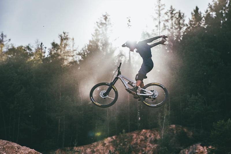 Video: Wild and Rowdy Freeride Lines from Audi Nines - Pinkbike