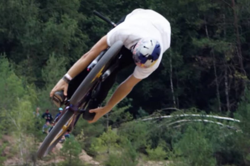 Video: The Best Tricks from the 2020 Audi Nines - Pinkbike