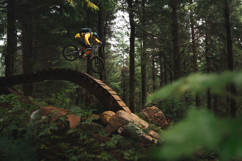 Dropping in to everyone s fave trail on Galbraith