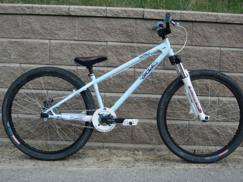 Old picture; it now has a Deity Swarm seat, black Oddysee cable housing and an MTX wheelset (rear), just built up.