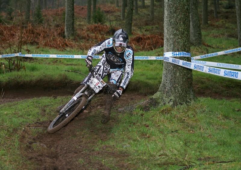 dan takes the inner line in practise.