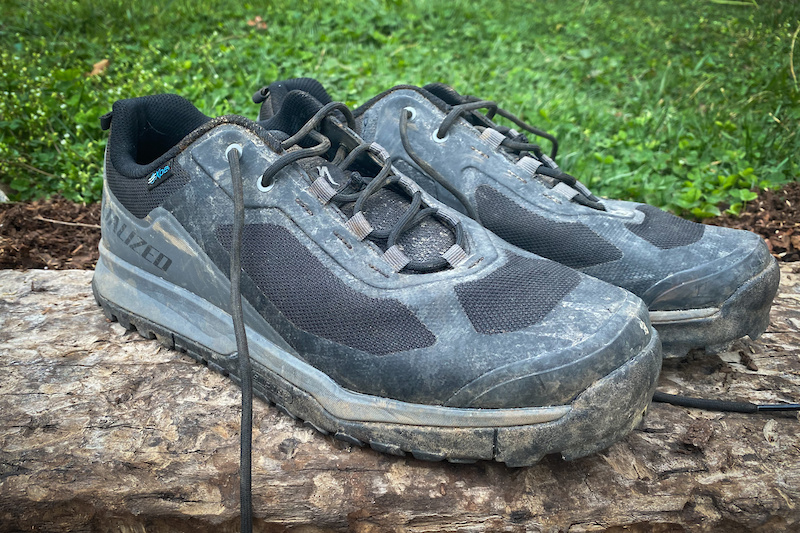 Review: Specialized's New Rime Flat Shoes are Made for Adventure - Pinkbike