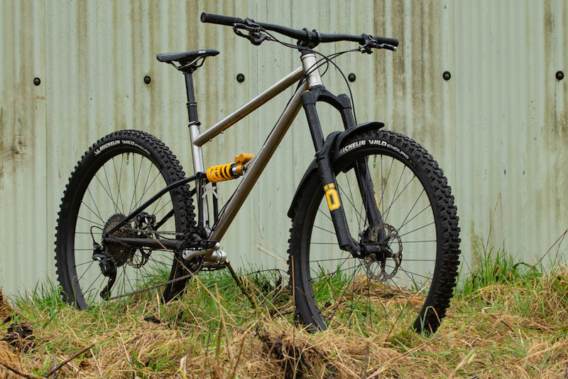 Starling Introduces Limited Edition Stainless Steel Version of the Murmur - Pinkbike.com