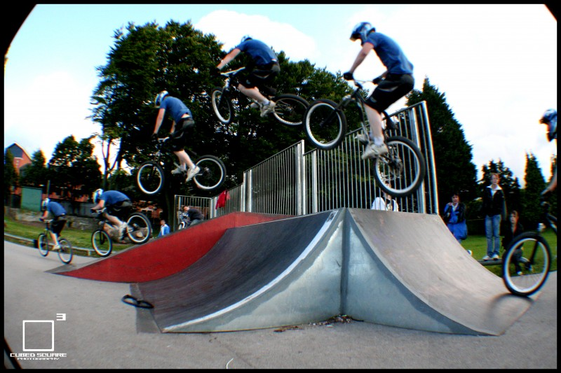 Perry hitting the hip quater to flat bank 3/3 - Cubed Square Photography - Laurence CE