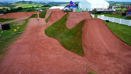 Really sweet dirt jumps.