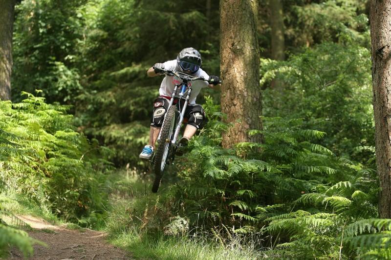 mid hip jump.