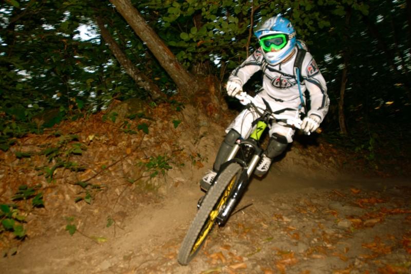 Roller on Dh slope