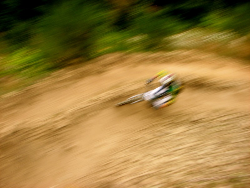 This is how lars looked going through the burms on the dual course...very impressive!