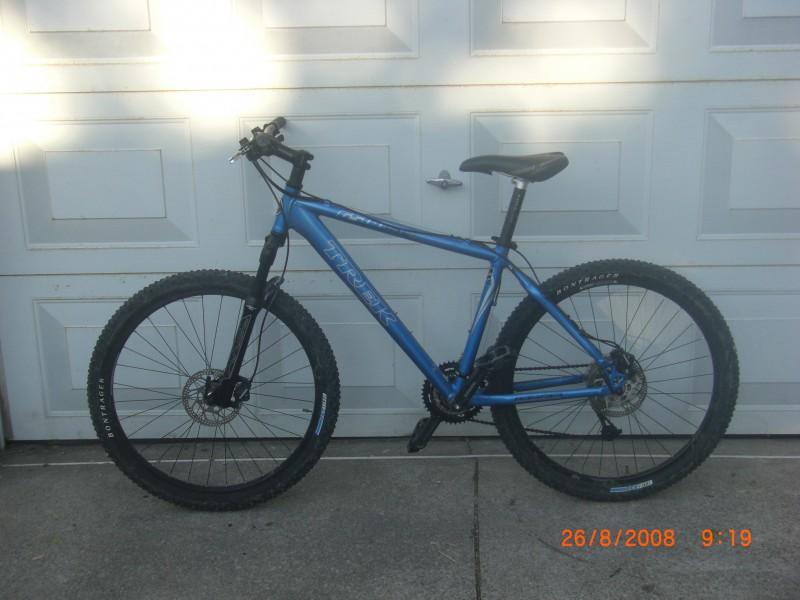 17 5 Quot Trek 6500 Slr Blue For Sale