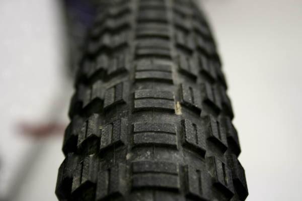 Schwalbe Table Top tires.