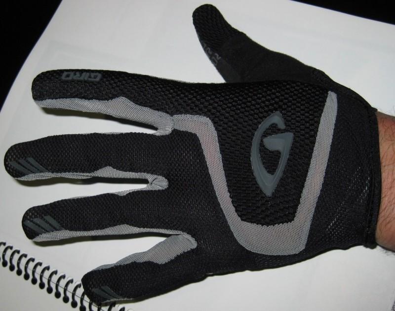 Interbike 2008 - Giro Gloves - Rivet top.