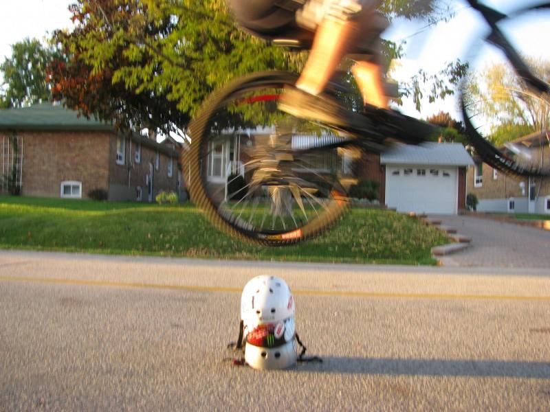 helmet hop