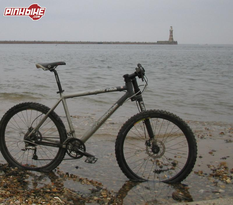 Cannondale f800 At Sunderland after coast to coast ride 01.08.04.