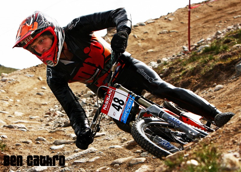 The PVC coated Lycra skinsuit that prompted the rule. Ben Cathro at Fort William, 2008. Career-best. Photo: Phunkt