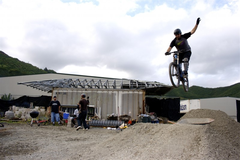 Bar B Q, Beers, Jumps and some dancing!