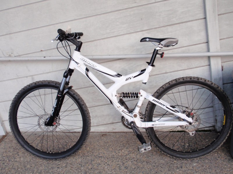 Giant Warp Ds 1 Large Full Suspension Bike For Sale