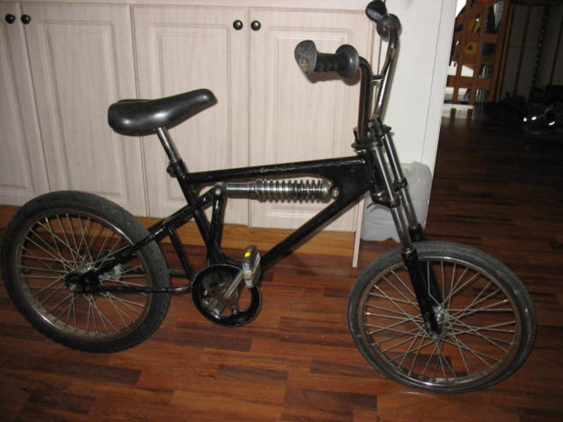 found this for sale on kiji of barrie,nearly shat my pants when i saw it..it supossably a BMX