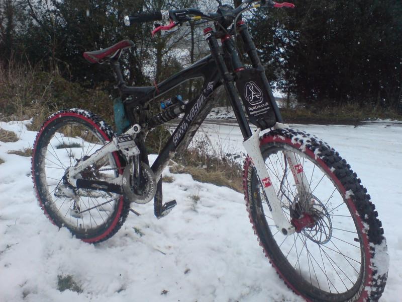 my santa cruz vp free in the snow