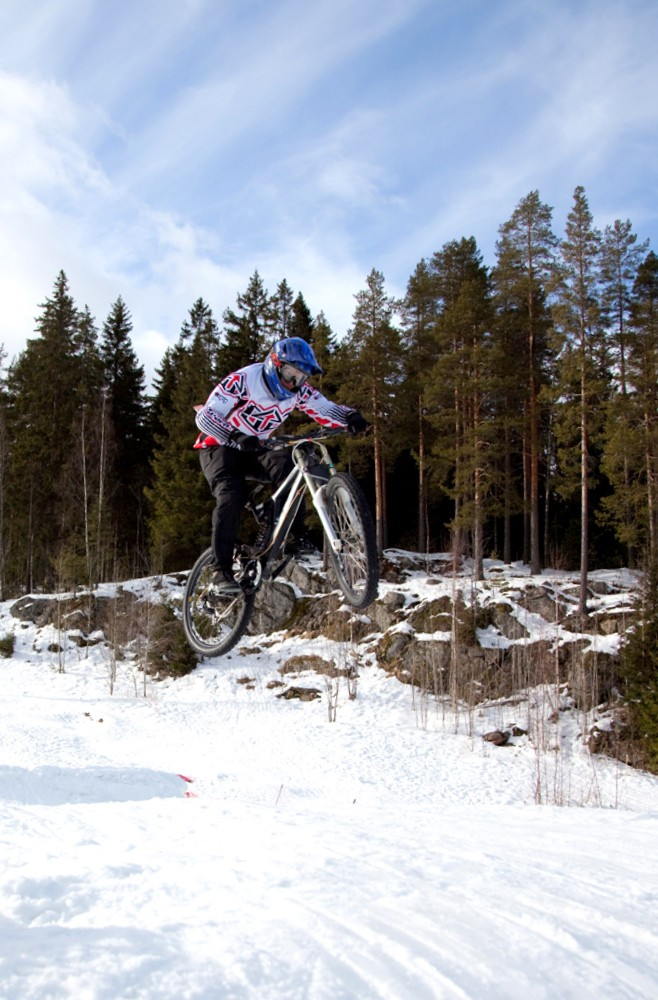 Some winter riding on sunny saturday. :) Photo by: Lauri Auranen