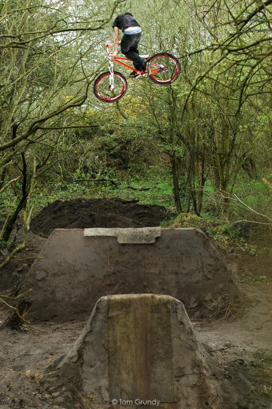 Sam Going Super high on the new step up! Photo by Tom Grundy