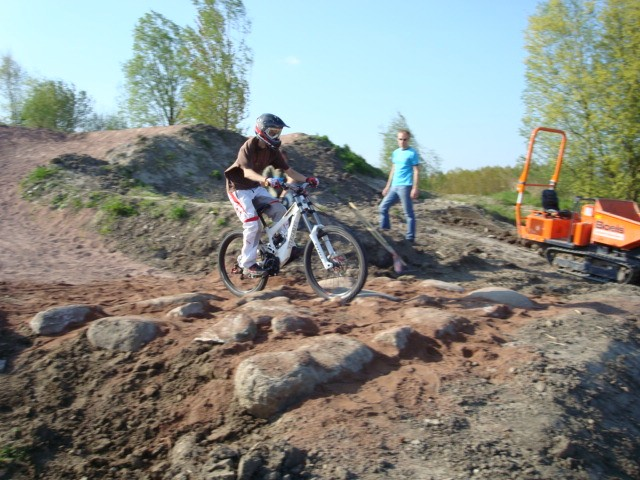 I head the honnor to test the new rockgarden