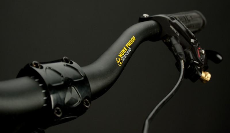 Nuke Proof Warhead 750mm bars and Warhead 50mm stem.
