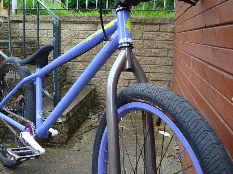 """ns sub with polished fork and painted front rim...on the """"getting rid of white mission because its gay"""""""