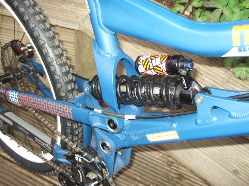 mongoose boot'r team shock area