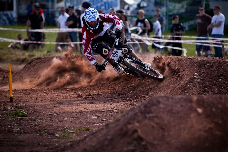 roost on a berm