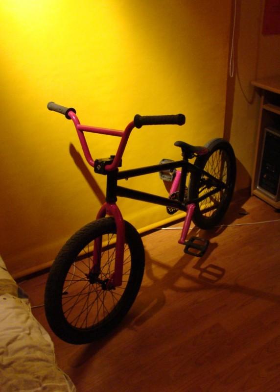My new bike. I must change wheels and bar.