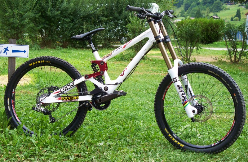 My new Factory Last Herb DH - sponsored by Last Bikes, Rockstar Energy Drinks, Funn Components