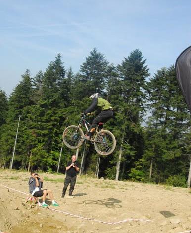 Jump - Sunn ForetJump. photo by Sławek