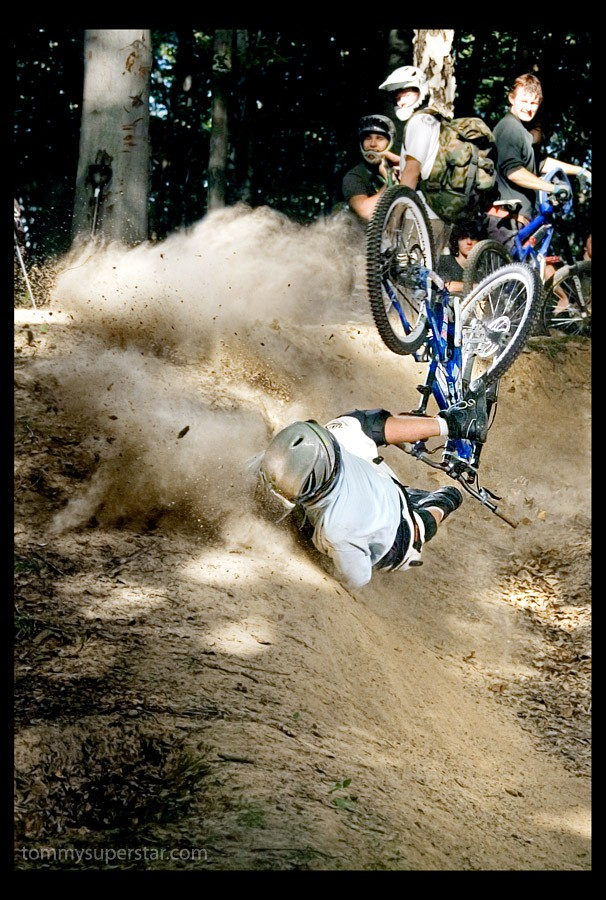 BRUTAL CRASH PART II  by www.tommysuperstar.com