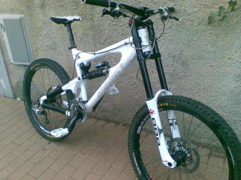 my new bike. santa cruz vp-free