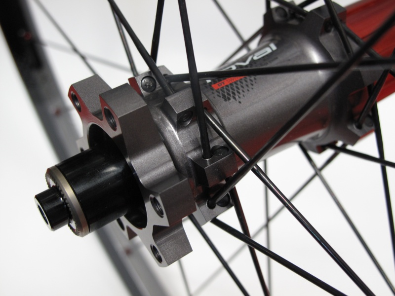 The rear wheel see's the same DT Super Comp spoke's, 28 of them laced in a 3x pattern