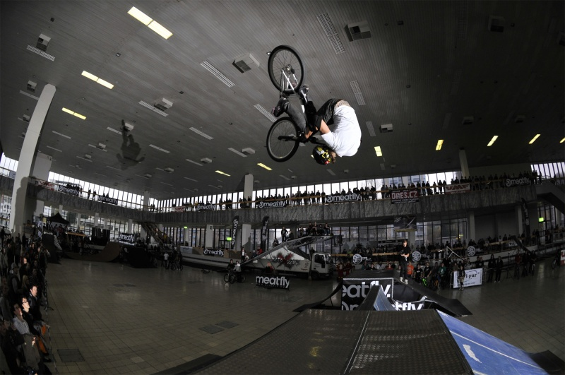 Sport Life Skatepark competition in Brno. dartmoor-bikes.com.      source: DOLEKOP.COM