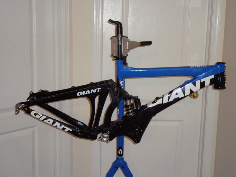 2009 Giant Glory DH (Small).  Frame comes with headset, rear axle, extra shock cover, and 350lbs or 450lbs coil.  Also has all new bearings installed that have never been ridden.  Asking $1050 OBO.