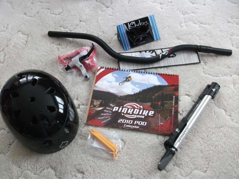 christmas haul: NS district bars, Quark pro stem, topeak roadmorph pump, tire levers, Avid FR-5 levers, PB calender, protec classic helmet and KMC 710SL chain (backordered) and park chain tool (also backordered). Woohoooo!!!