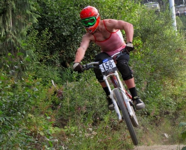 Team Rider testing out a prototype of Dunbars new race kit material during the 2009 race season