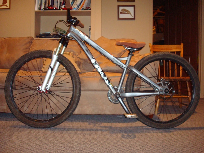 RIP my old P3.  This bike was totaled after I was hit by a car in may 2010.