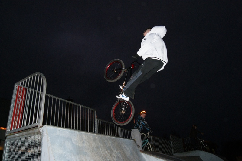 air to fakie