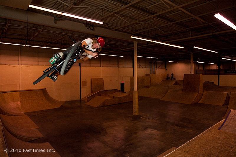 Barspin on quarter to bank transfer - Marc Landry Photo