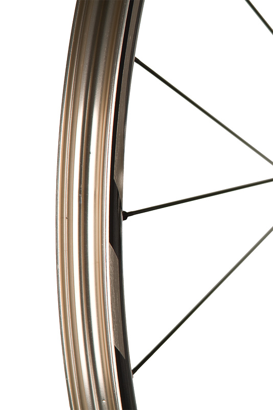 The fully sealed rim bed does not require a rim strip for use with tubes or tubeless conversions