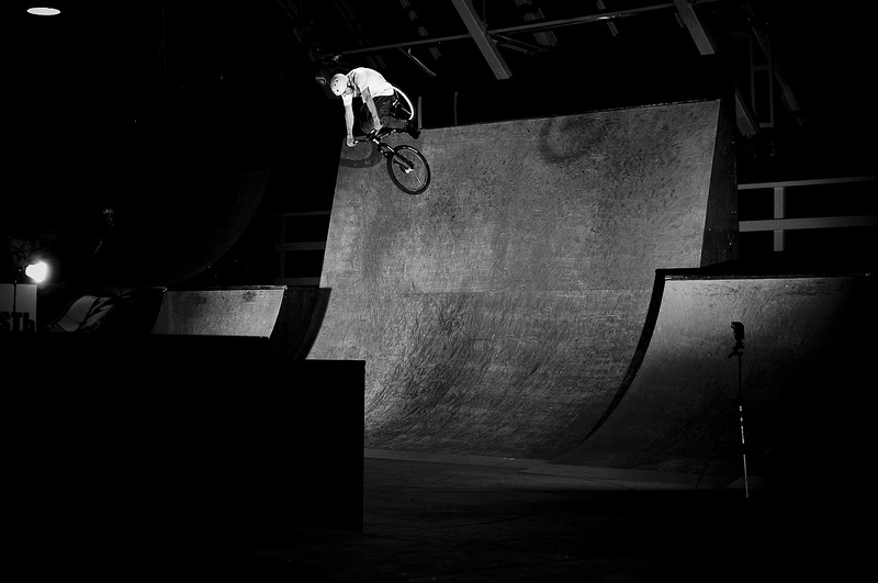 360 to fakie on a vert wall