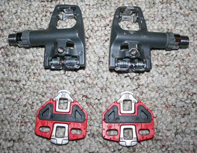 aeb719afd343 Wellgo R4 Road Pedals & NEW Cleats - FREE SHIPPING! For Sale