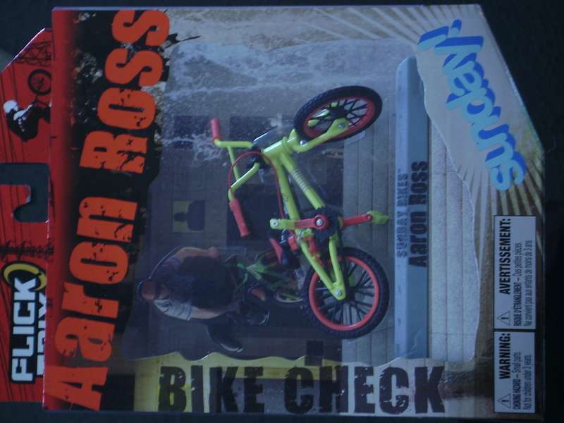 Aaron Ross Bike Check. Flicktrix.