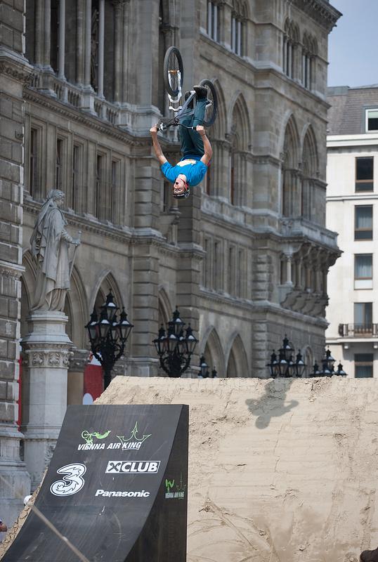 Photos from pre-qualifications. Final results: http://live.eim-solutions.com/vak10/contestpart/show/1022. Dartmoor Team members: 7th Thomas Zedja; 9th Szaman; 10th Maro. All riding Cody. Congratulations !!!