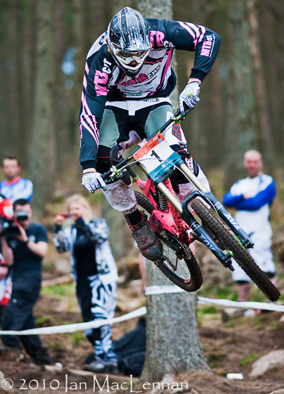 Pitfichie race report photo's by Ian MacLennan
