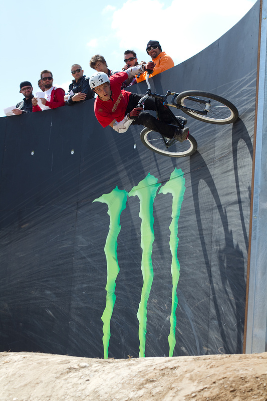 Photos from the FISE event.